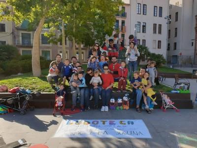 foto de grup celebrant el dia del joc