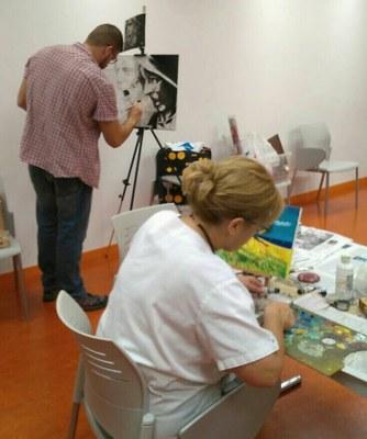 Comencen els tallers de pintura al Centre Sociocultural de la Part Alta