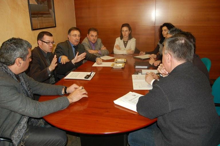 L'Ajuntament i el Port presenten el Pla de treball 2010 per a la promoció del turisme de creuers a la Cambra i a la Diputació