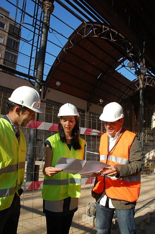 """Patrícia Anton: """"L'Ajuntament està complint el calendari de les obres de remodelació del Mercat Central"""""""