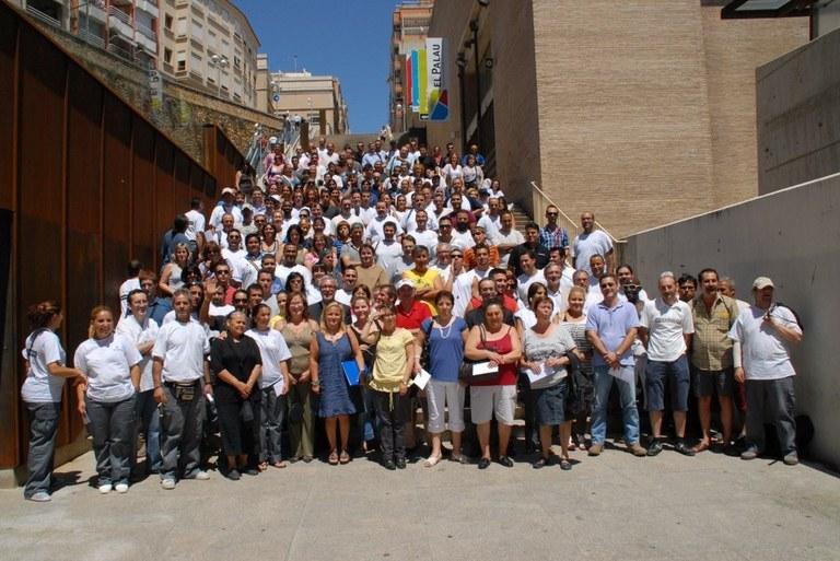 L'alcalde Josep Fèlix Ballesteros dóna la benvinguda a les 299 persones contractades a través dels Plans Extraordinaris d'Ocupació Local