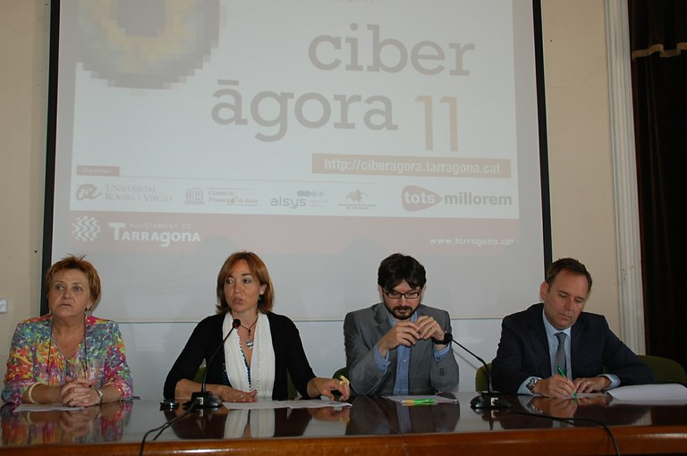 El ciberterrorisme i la llibertat de la informació a debat en la Ciberàgora 2011