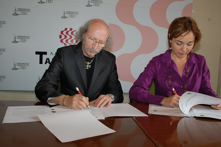 El Club dels Tarraconins i la Via T signen un conveni de col·laboració