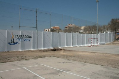 Institucions, empreses i veïns de Bonavista promouen els 'grafitis regeneradors', una intervenció plàstica per revifar el barri
