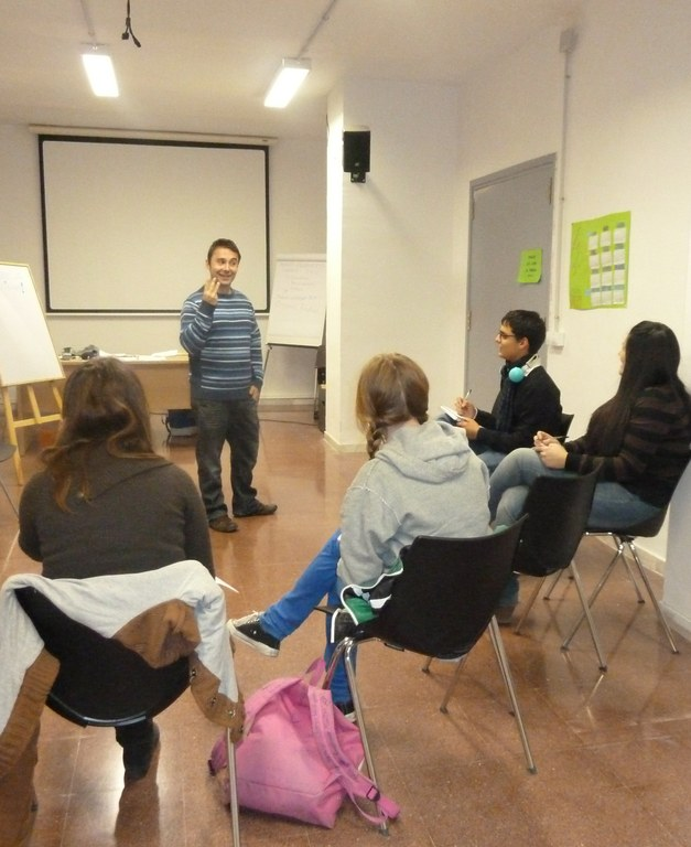 Taller d'habilitats comunicatives en l'àmbit laboral i taller d'infeccions de transmissió sexual