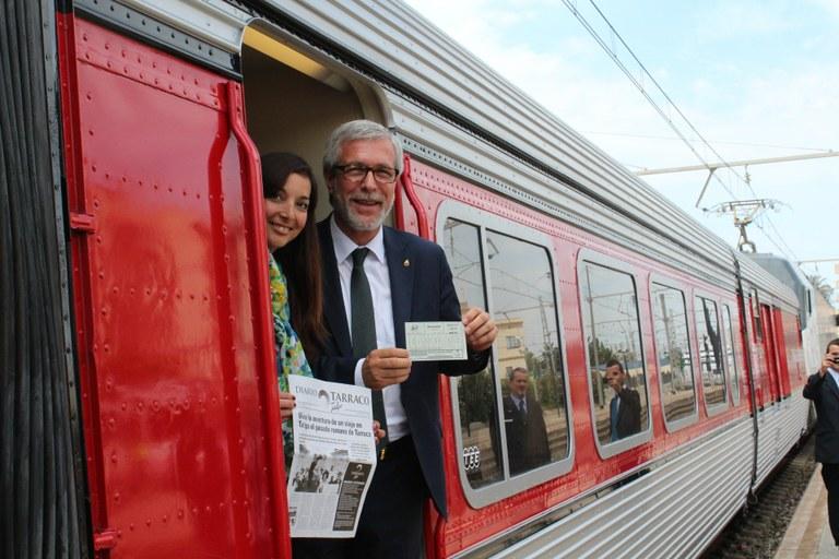 Estrena del nou Tarraco Talgo, un tren històric que ofereix escapades des de Barcelona a la Tarragona monumental