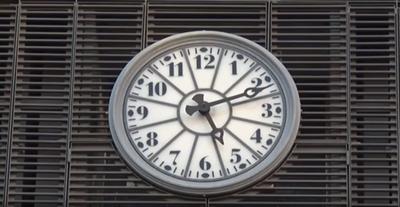 Dues tarragonines centenàries, protagonistes de l'espot promocional del rellotge carilló