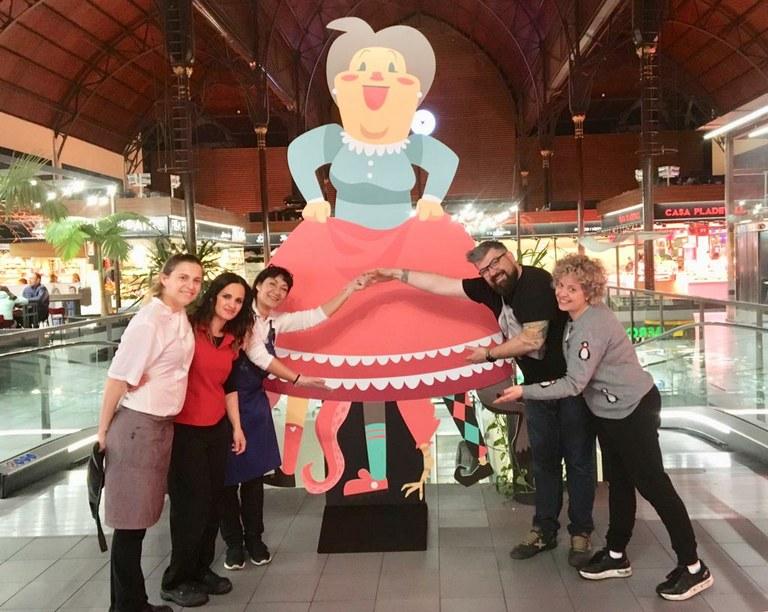 El Mercat Central celebra les set setmanes de Quaresma amb un espectacle infantil i degustacions