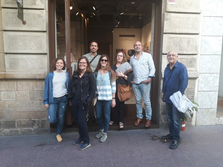 Comerciants tarragonins visiten els seus col·legues del barceloní barri de Gràcia