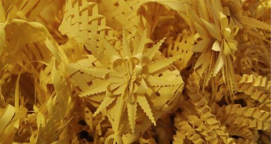 Instal·lació de parades de venda de palmes i palmons