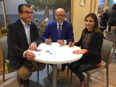 Tarragona renova a FITUR 2019 els convenis amb les central de viatges RENFE i MOVELIA
