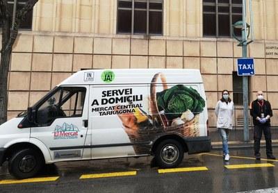 Els paradistes del Mercat Central fan una donació de material sanitari als hospitals de Tarragona