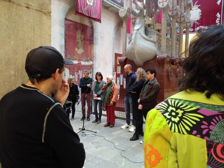 Lola Paniagua inaugura les exposicions 'Dones tarragonines' i 'Defensores del Cos-territori'