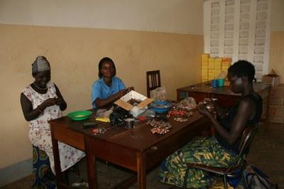 Enfocament de gènere i basat en els Drets Humans: implicacions i reptes