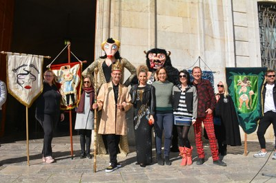 La presentació de la Bota, el Ninot i la Ninota dona el tret de sortida al Carnaval de Tarragona