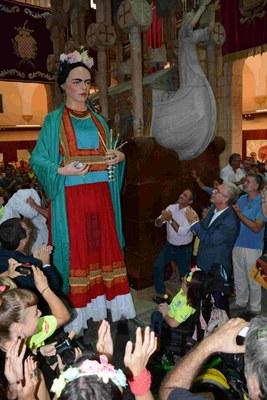Primera ballada de la Frida, la nova geganta adaptada de Tarragona