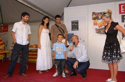 Inaugurat l'estand de les festes amb la presentació d'un DVD fet pel Pol, un tarraconí de 5 anys