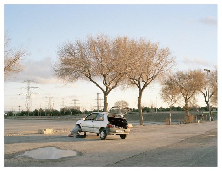"""Visites guiades a l'exposició fotogràfica """"Afinitats, llocs i no llocs"""", a Casa Canals"""