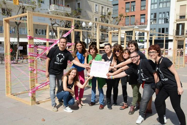 La plaça Verdaguer es converteix en l'avantsala del Minipop