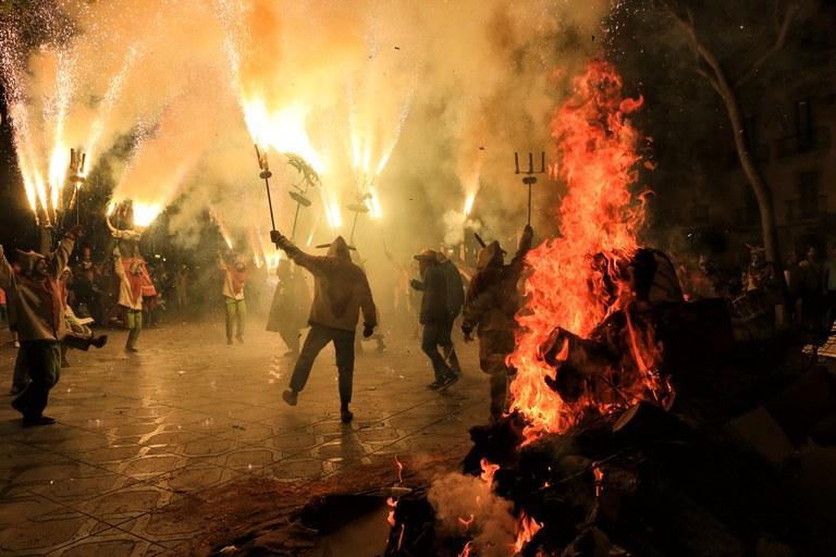 Sant Joan retorna al Mercat i s'estrena als barris
