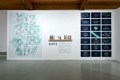 L'alcalde va inaugurar divendres, dia 21, al Centre d'Art de Tarragona l'exposició «What a Shitshow», de Maria Montes
