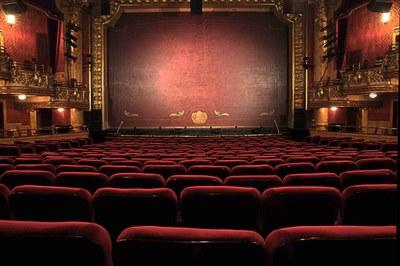 Modificacions de la programació de la Temporada Estable de Teatres i KM0