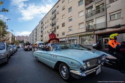 L'Home dels Nassos arriba a tots els racons de la ciutat per anunciar que s'acaba l'any