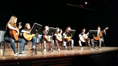 El Grup de Guitarres Juvenil, un dels protagonistes de les Pinzellades Musicals