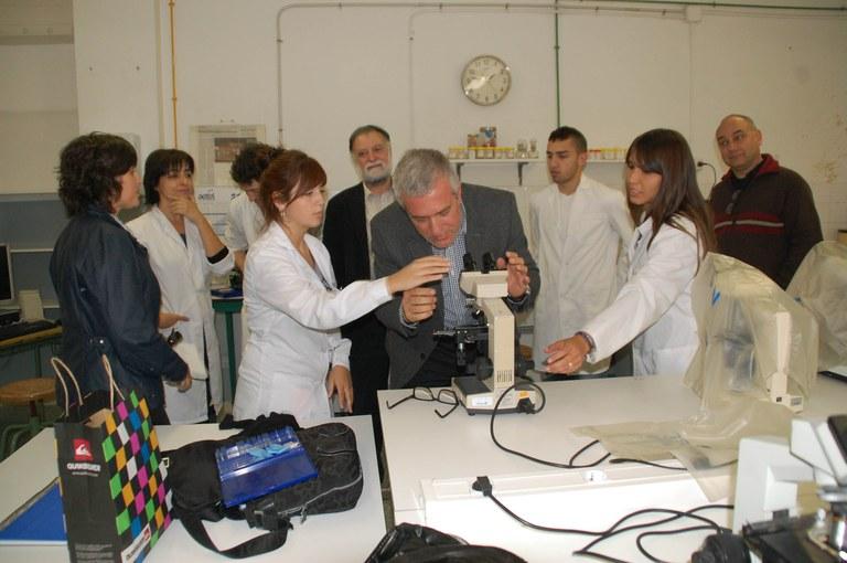 L'Alcalde destaca la qualitat de l'ensenyament de l'IES Cal·lípolis