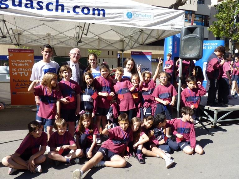 Més de 400 nens i nenes participen en la celebració del Dia d'Europa a la Rambla Nova