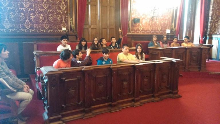 Els alumnes de l'Institut Pons d'Icart visiten l'Ajuntament