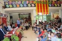 Inaugurades les noves pistes esportives i un petit hort a l'escola del Serrallo