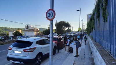 Els escolars de Tarragona tornen a l'escola sense incidències