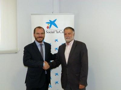 """El Patronat Municipal d'Esports i l'Obra Social """"La Caixa"""" signen un comnveni de col·laboració"""