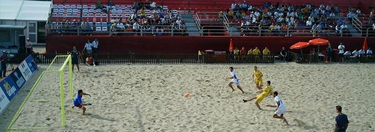 El divendres 17 de juny la platja de l'Arrabassada acull el torneig de futbol i volei