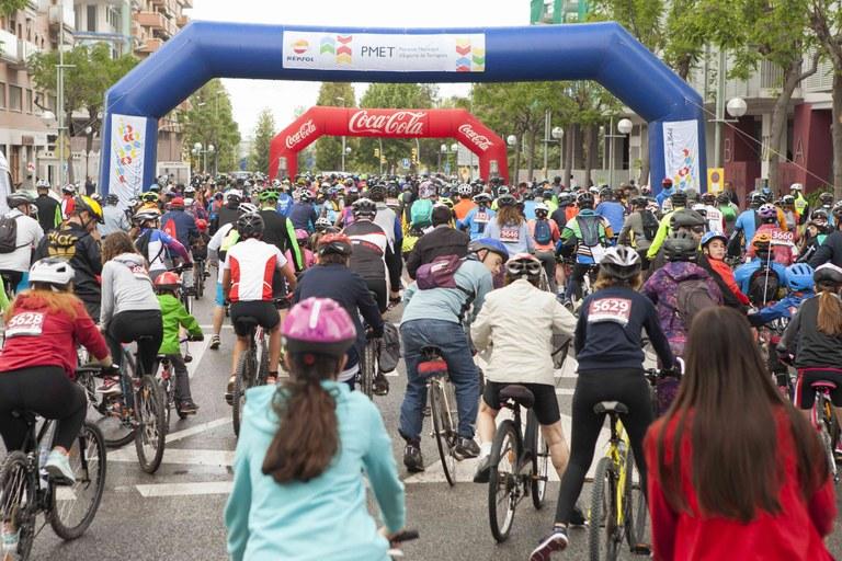Més de 4.000 participants gaudeixen de la 27a Bicicletada Popular de Tarragona