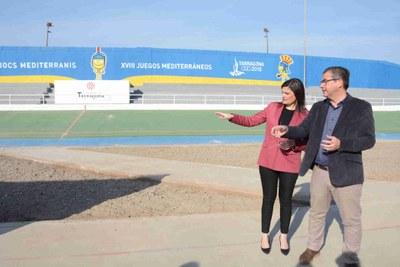 La Conselleria d'Esports millorarà els camps de futbol municipals i substituirà la coberta del pavelló de Sant Pere i Sant Pau