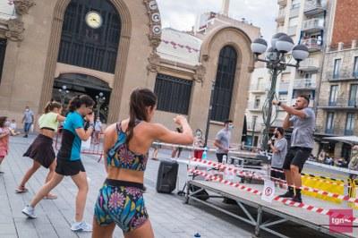 El Patronat d'Esports organitza zumba a l'aire lliure a l'Anella Mediterrània i a barris de la ciutat