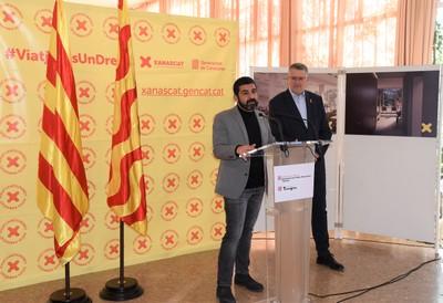 L'alcalde, Pau Ricomà, i el conseller, Charkir El Homrani, en la presentació del nou equipament