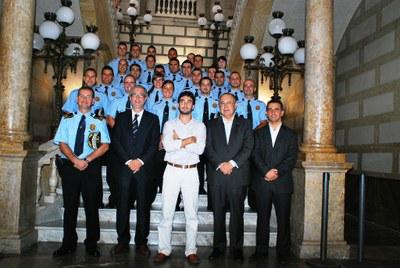 Avui 25 nous agents de la Guàrdia Urbana han pres possessió del seu càrrec