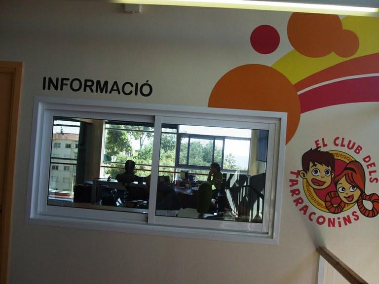 El Club dels Tarraconins obre una oficina d'atenció als socis