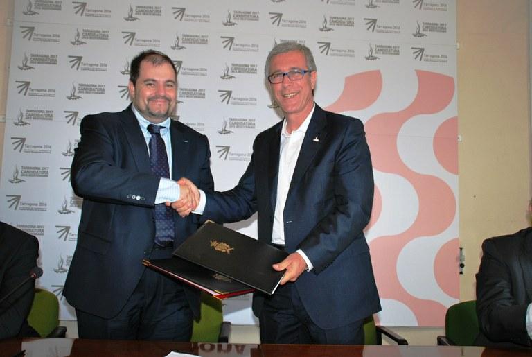 L'Ajuntament de Tarragona i la Jove Cambra de Catalunya han signat el conveni de col•laboració per la Conferència Europea 2011 a Tarragona