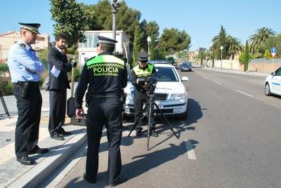 La Guàrdia Urbana de Tarragona estrena un nou sistema de radar mòbil pel control de velocitat