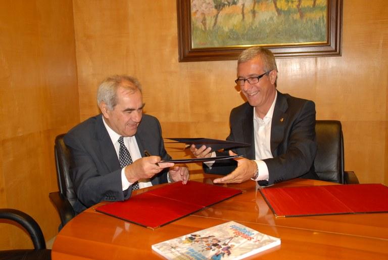Signat el conveni de corresponsabilitat en matèria educativa entre l'Ajuntament i la Generalitat