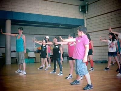 El grup de dansa del Club dels Tarraconins renova els seus ballarins