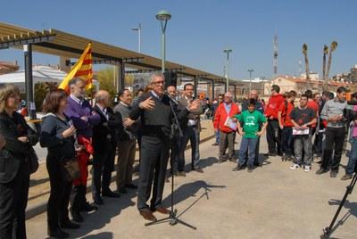 Inaugurada la remodelació de la plaça Major de Campclar