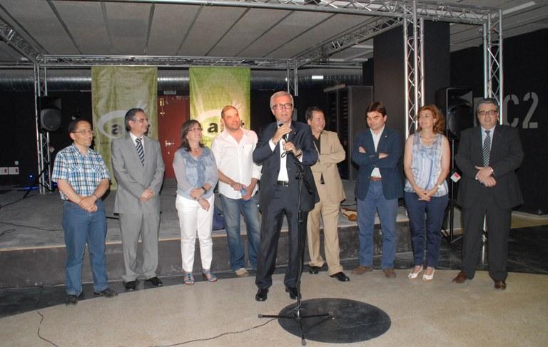 """L'Alcalde ha inaugurat la sala de concerts """"Capsa de Música""""."""