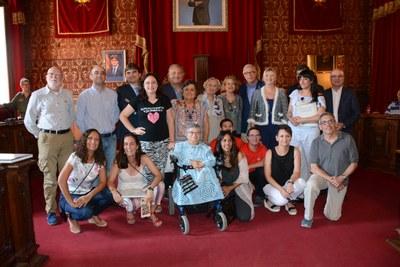 L'Alcalde rep les persones premiades als XXIII Premis Ones Mediterrània