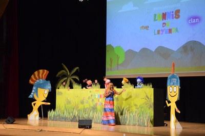 Els Lunnis presenten davant d'un miler de nens i nenes de Tarragona la cançó dels Jocs Mediterranis