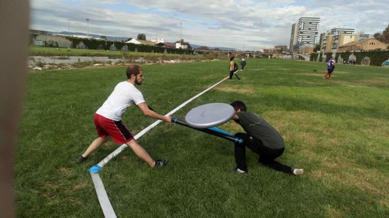L'Estiu Tarragonajove proposa descobrir l'esport del jugger